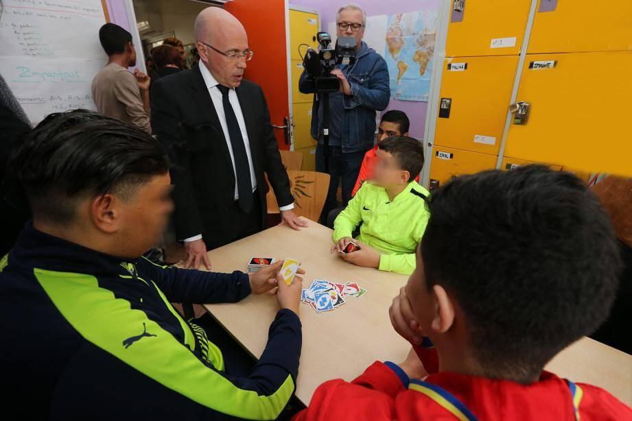 Éric Ciotti s'est entretenu avec les jeunes accueillis au sein du foyer Robini de la Madeleine et a fait le point sur l'engagement du conseil départemental.