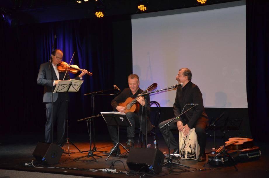 Une belle complicité sur scène lors de ce magnifique concert dans l'intimité de la salle Daner.