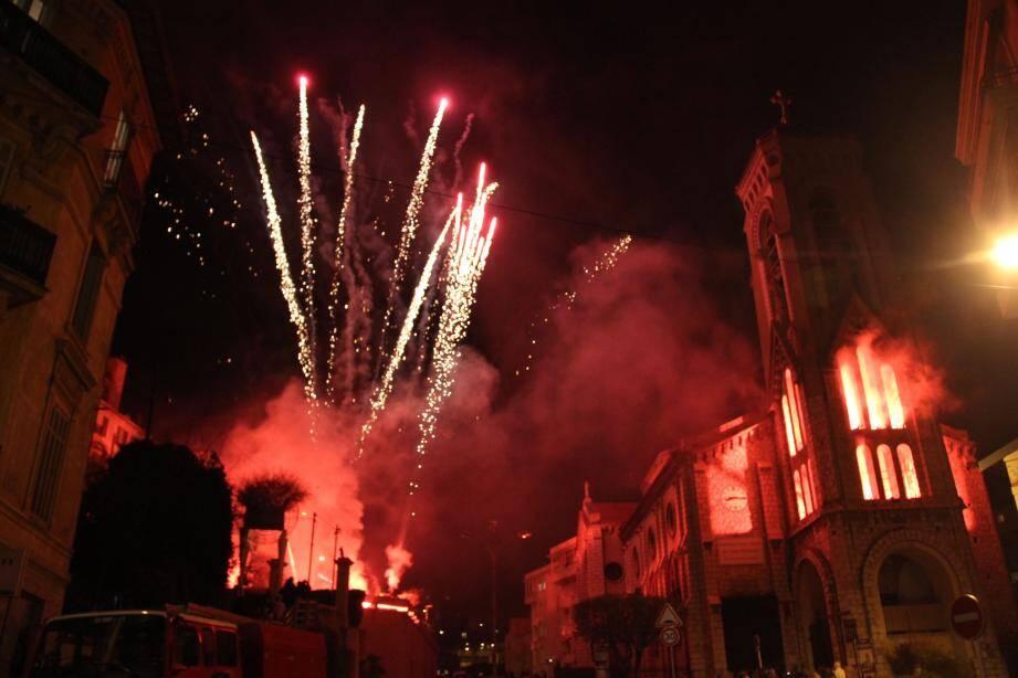 Lundi 20 mars, place du Commandant-Raynal, le public pourra assister à un spectacle pyromélodique.