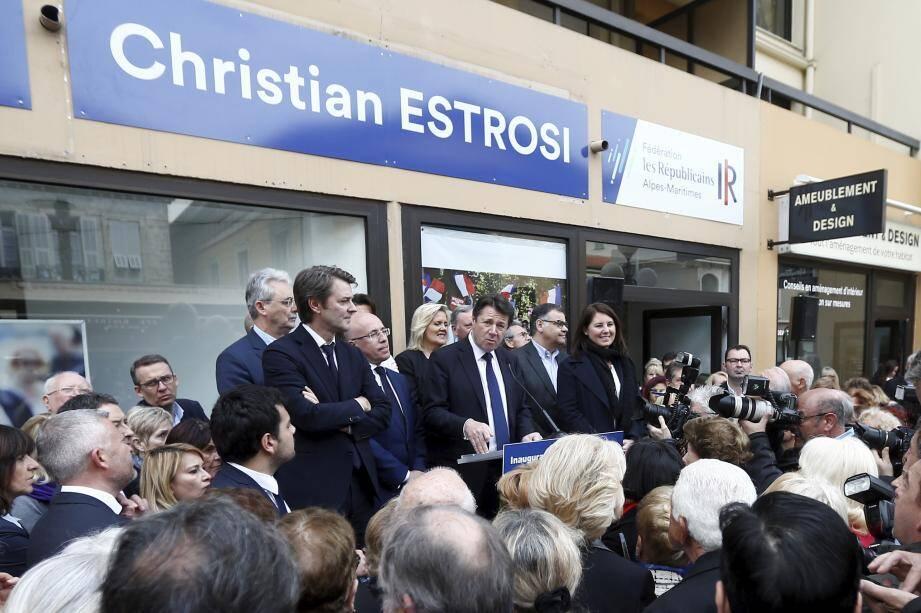 Après l'inauguration de la nouvelle permanence à Nice de Christian Estrosi rue Gioffredo, François Baroin a été acclamé à Cannes lors de son meeting, hier soir.