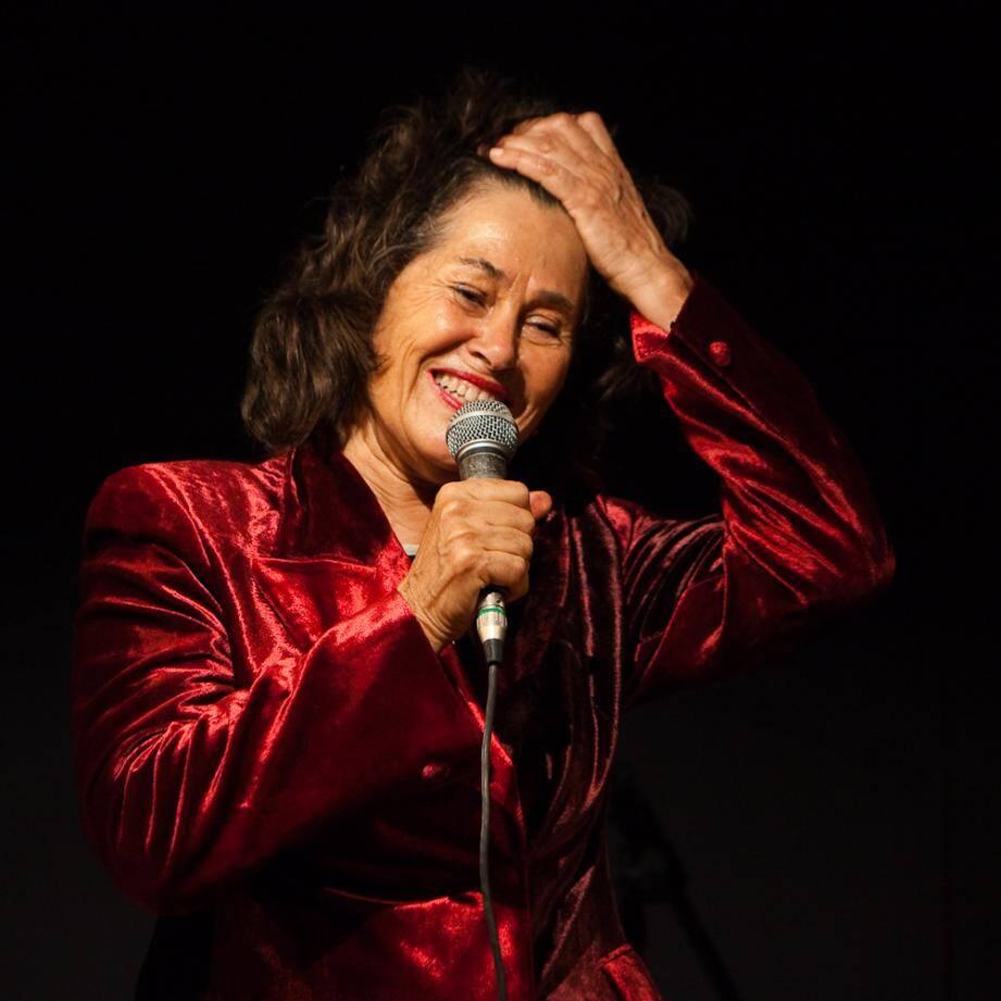 L'artiste Françoise Miran propose un concert baptisé « femmes de paroles ». Un rendez-vous musical demain à 20 h 30 dans la salle 114, du boulevard du Mercantour. (DR)
