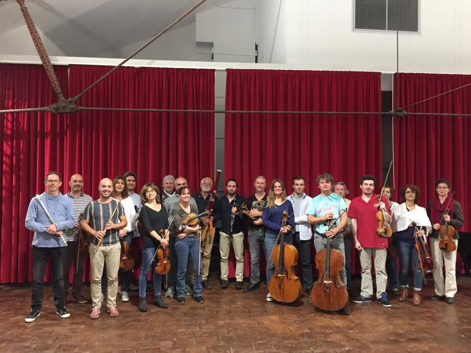 Manque de répétition, stress… Outre leurs revendications salariales, les musiciens de l'orchestre de l'opéra de Toulon jugent qu'ils ne bénéficient pas des conditions adéquates pour faire leur travail au mieux et répondre aux attentes du public.