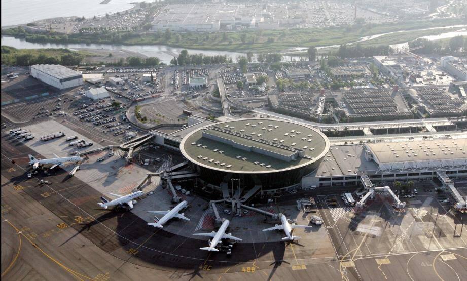 L'aéroport Nice Côte d'Azur.