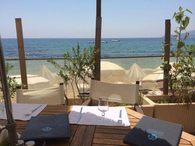 Une vue depuis la terrasse d'Héraclée plage.