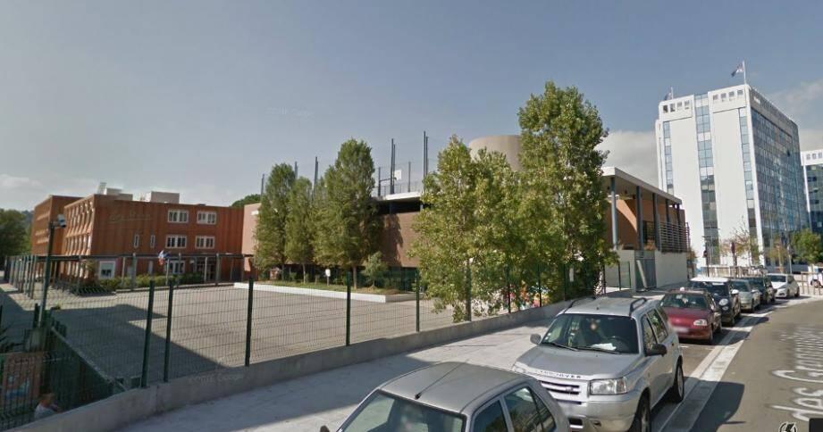 Le collège Jules-Romain à nice.