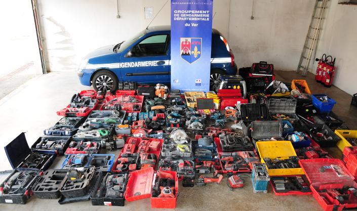 De nombreuses mallettes d'outils volées ont été retrouvées.