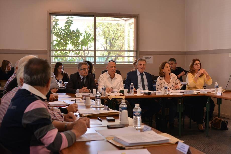 Le dossier du quartier de La Plana a été au cœur des discussions du conseil municipal jeudi.