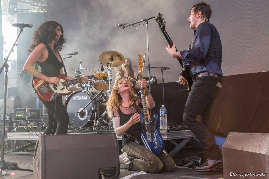 «Les Blondes» : un groupe de rock presque exclusivement féminin découvert par Henry Padovani qui avait lancé le groupe Police.