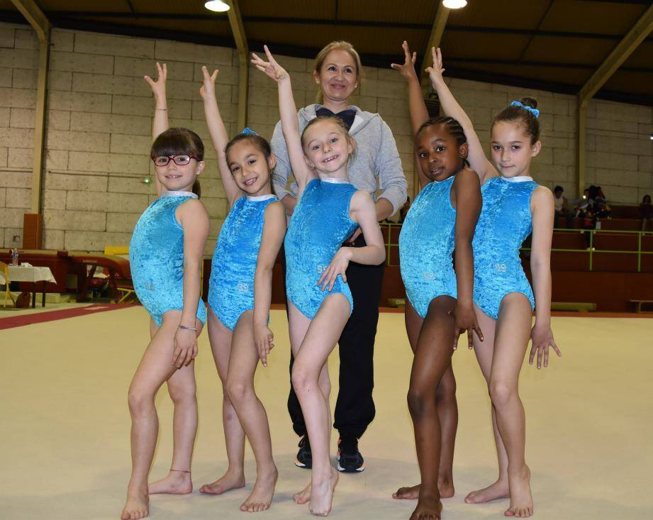 L'équipe de gymnastique artistique sans Léa Claud-Blanc, absente.