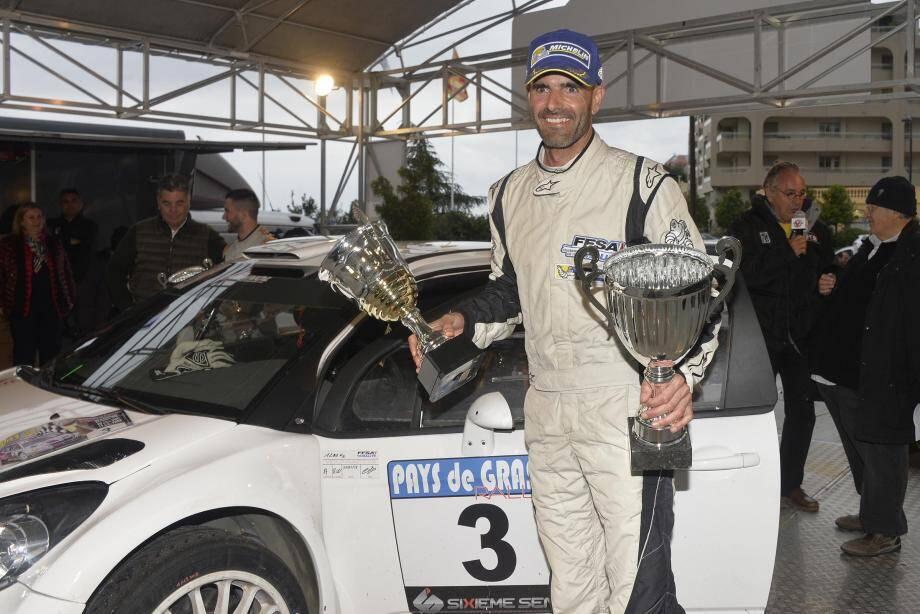 Première course au volant de la DS3 WRC, première victoire à domicile : la saison 2017 ne pouvait pas mieux débuter pour Franck Lions...