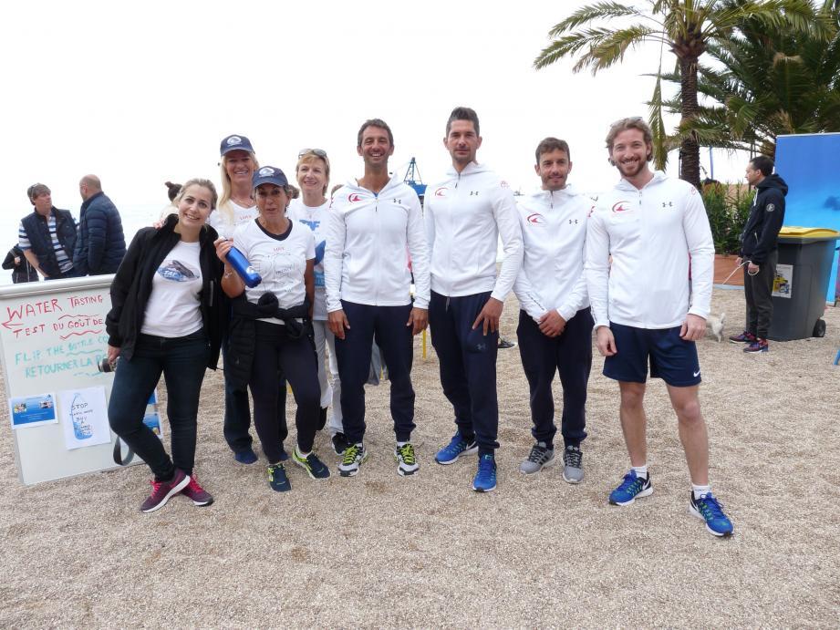 Les membres de l'association TAF, accompagnés par l'équipe de l'École Bleue, ont lancé, hier matin, une opération de prévention sur la plage du Larvotto.