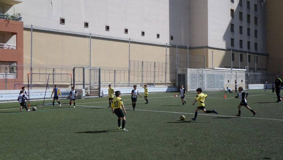 Les stages de football organisés cette année par l'USCA accueilleront également des filles. Ils sont ouverts aux enfants de 5 à 13 ans.