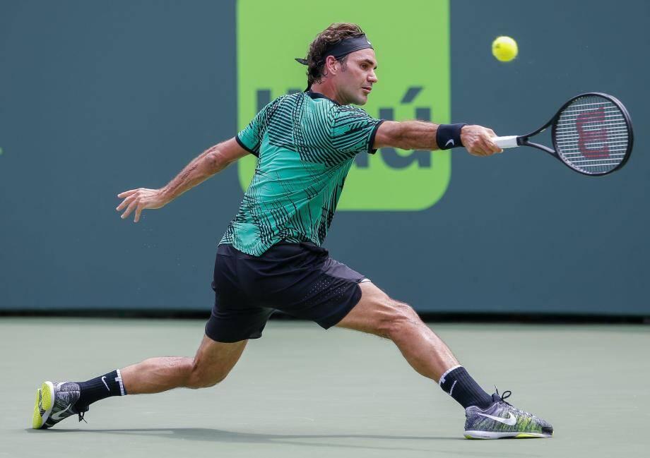 Dès sa première balle de match, Roger Federer a concrétisé sa domination avec un énième service gagnant. Adios Rafa !
