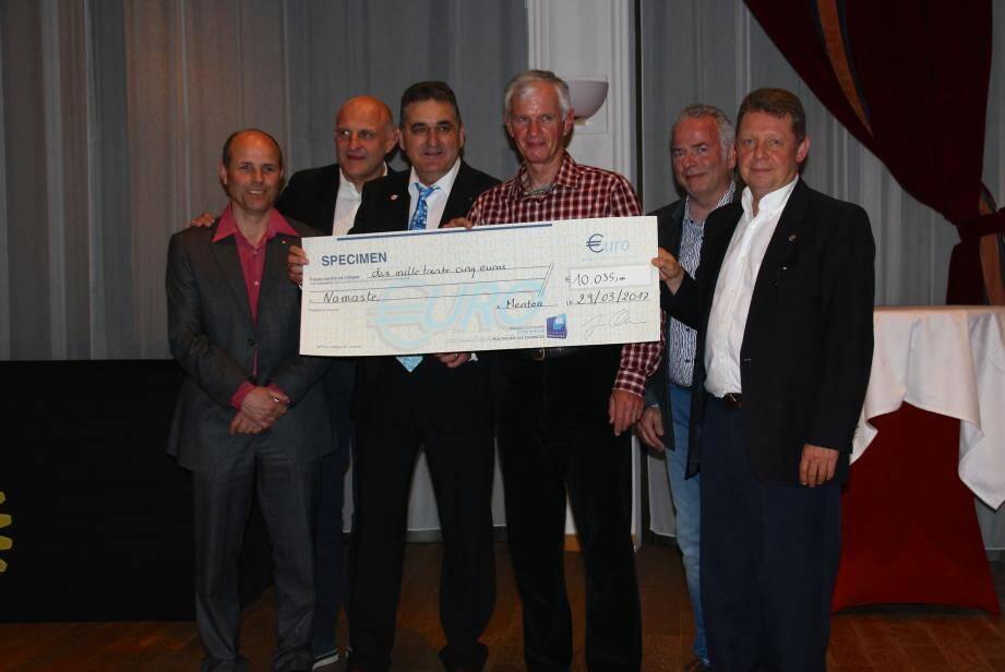 L'argent du Rotary club de Menton permettra de  financer la reconstruction d'une école au Tibet