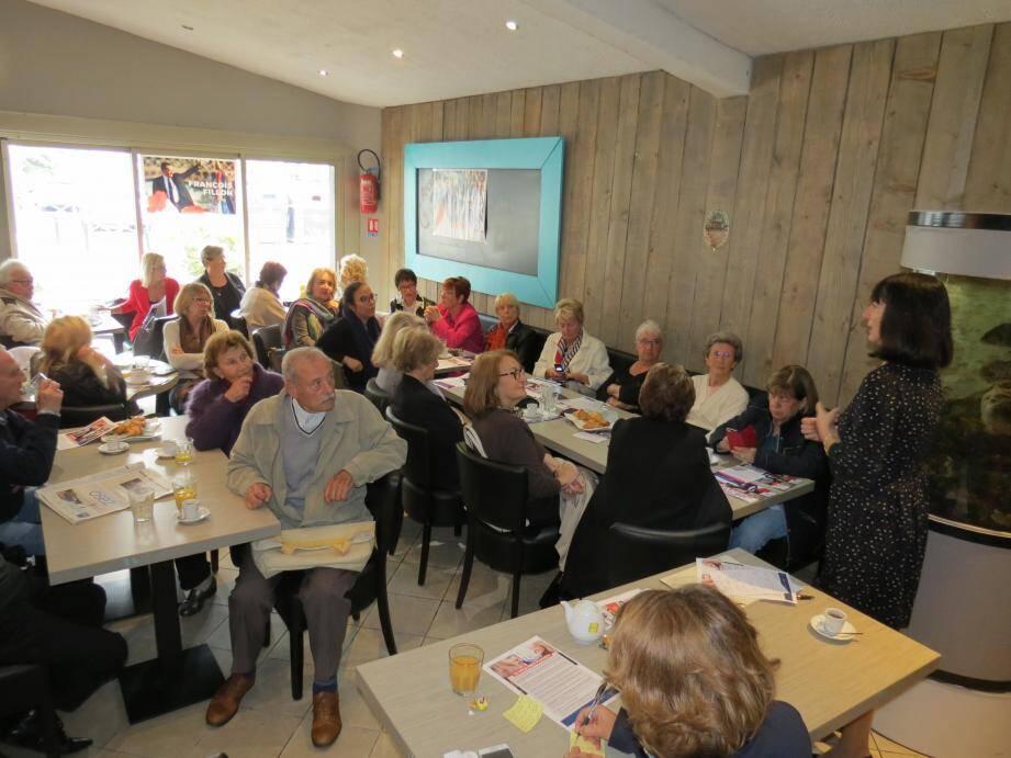 Une vingtaine de participantes et de participants à Cagnes. Il y en a eu une cinquantaine à Vence.