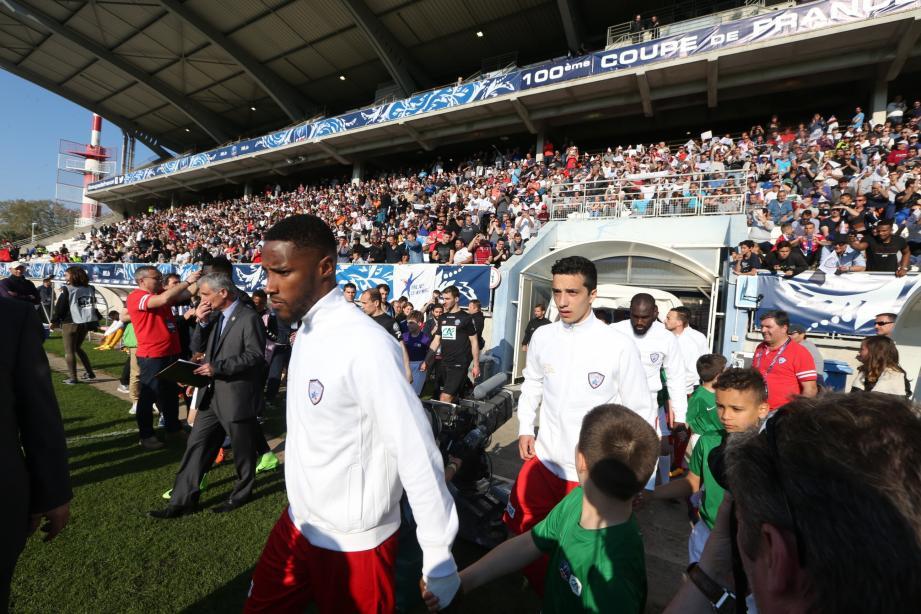 Evander Moreira et ses coéquipiers ont certes perdu contre Guingamp (0-1) en quart de finale de la coupe de France, mais ils ont mis en lumière le club dans toute la France grâce à leur parcours.