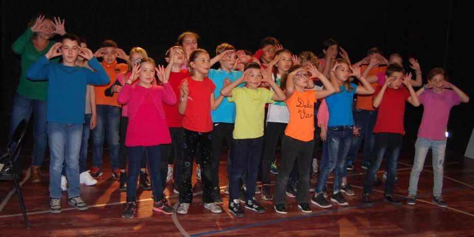 Nous n'irons pas à l'opéra, par les élèves de la grande section.