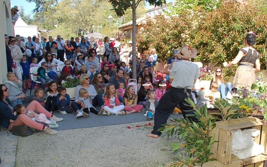 Ardents défenseurs de la nature, les élèves du collège Giono étaient venus en force.