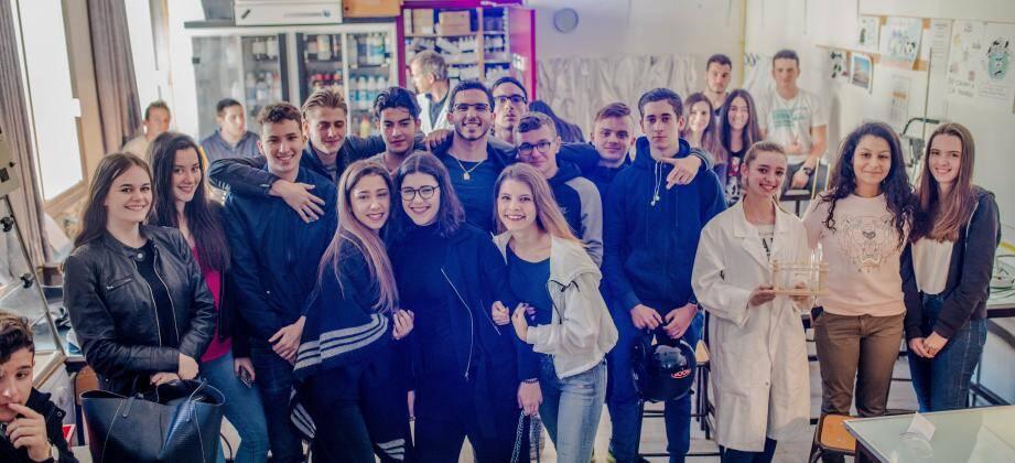 Ce matin-là, au lycée, les élèves avaient 26 ateliers à leur disposition.