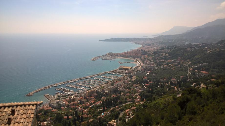 L'association vise essentiellement à fédérer les usagers du port devenu municipal.