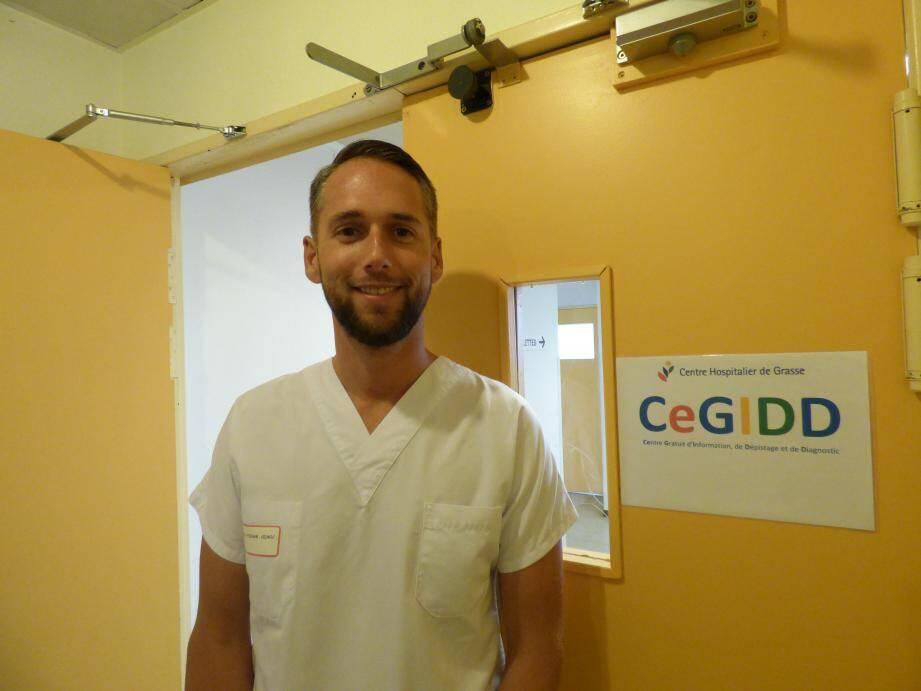 Le centre est ouvert tous les mercredis de 14 à 17 h, dans le bâtiment « Les Chênes verts » du centre hospitalier de Grasse. Ci-dessus, le Dr Cédric Étienne, infectiologue.