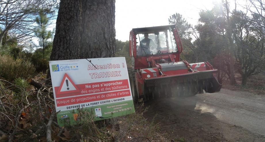 18 chantiers ont été finalisés sur huit communes du territoire, pour faire face au fort risque de feu de forêt dans le Golfe.
