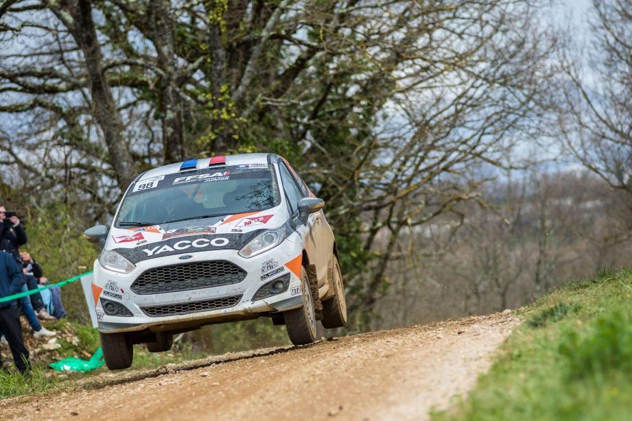 Au volant de cette nouvelle Ford Fiesta R2 apprivoisée au Terre des Causses (ci-dessus), Romain Di Fante espère gagner gros d'entrée sur les routes du Rallye Lyon-Charbonnières.