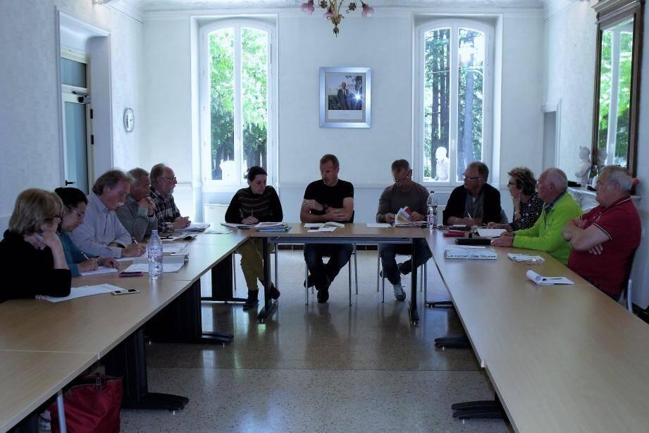 Première réunion préparatoire animée par Richard Spinosa, adjoint au maire en présence du tissu associatif local.