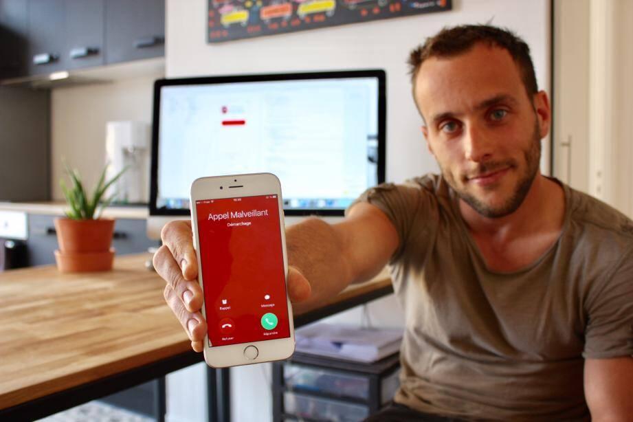 Grâce à l'application, tout appel malveillant apparaît en rouge.