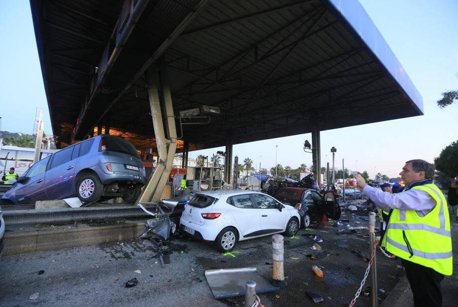 Le 29 octobre 2015, le camion en perdition avait tout détruit sur son passage.