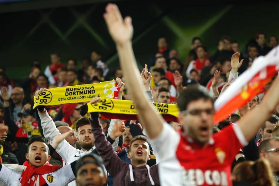 Les supporters de Monaco au stade de Dortmund ce mardi soir.