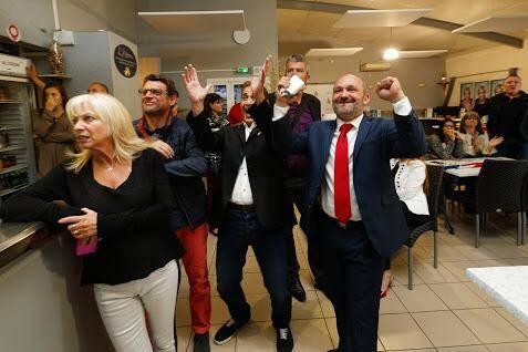 Les militants varois du FN se sont réunis à Six-Fours dimanche soir pour l'annonce des résultats