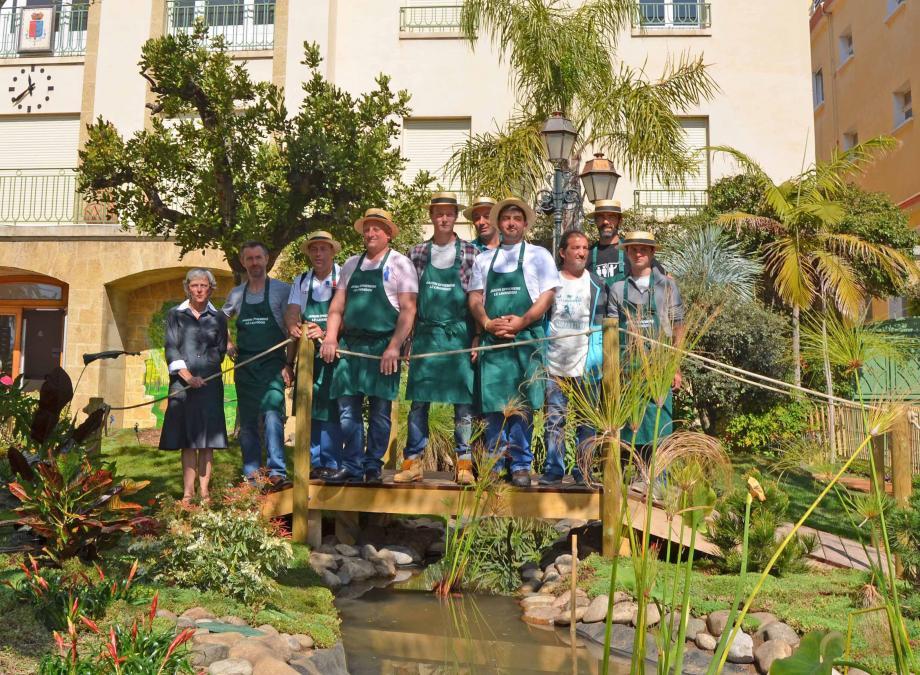 Complicité est le maître mot de l'équipe de jardiniers.