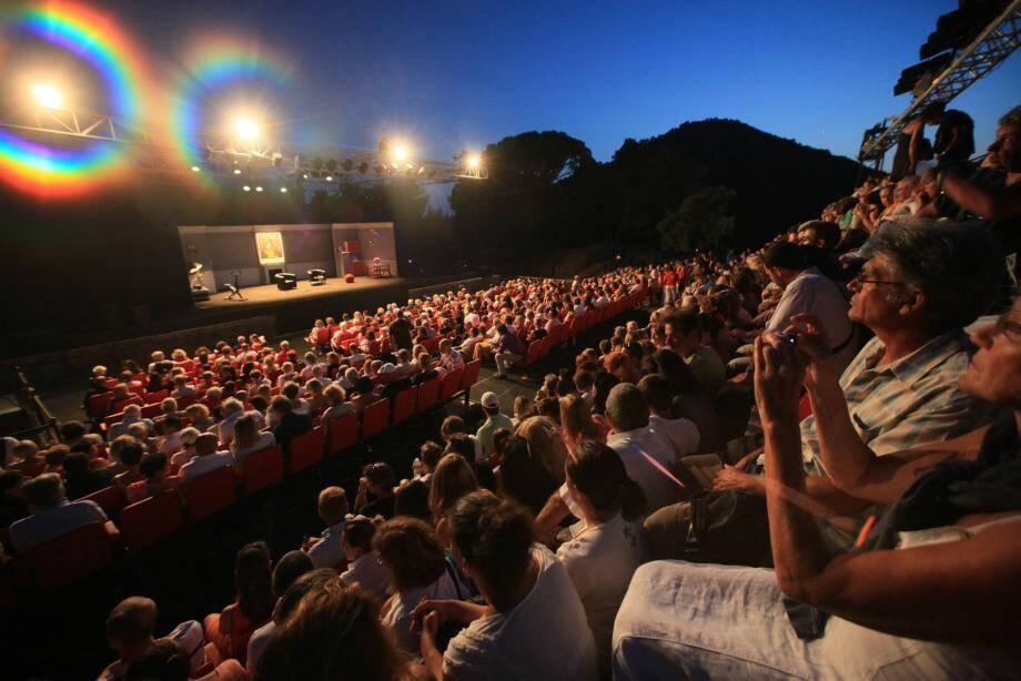 Le festival a programmé sept soirées théâtre à la belle étoile, cet été.
