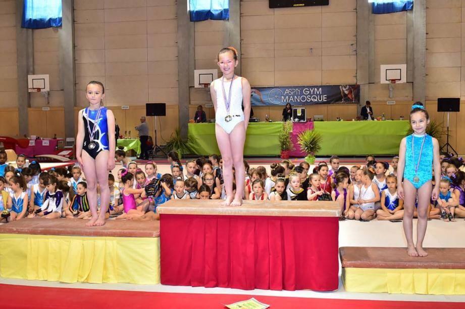 Alessia Loiacono, à droite se classe 3e en individuel.