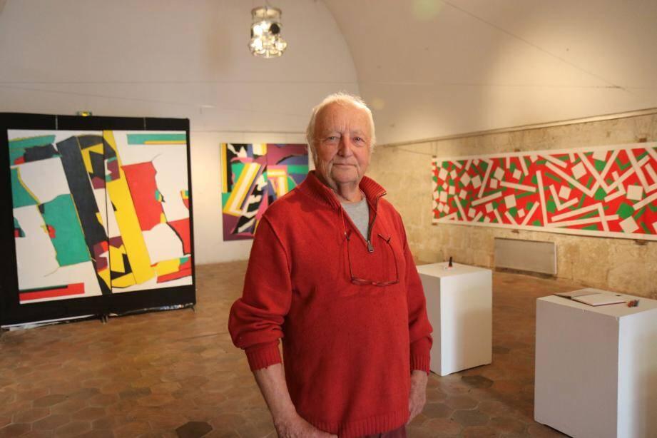 Pierre Boisseau présente des toiles abstraites salle Saint-Esprit.