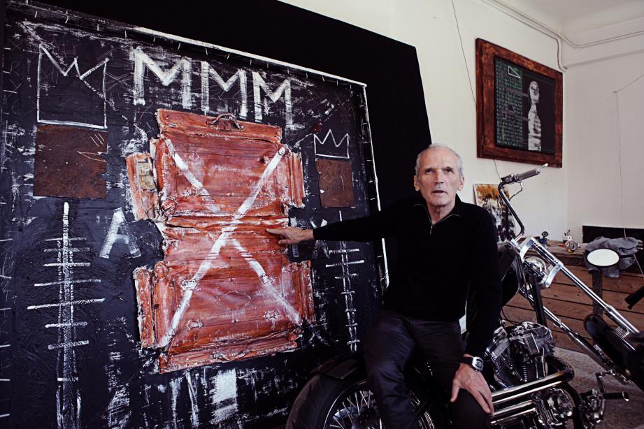 Domieff, artiste belge, s'est installé il y a huit mois sur l'avenue du professeur  Langevin à Beausoleil.