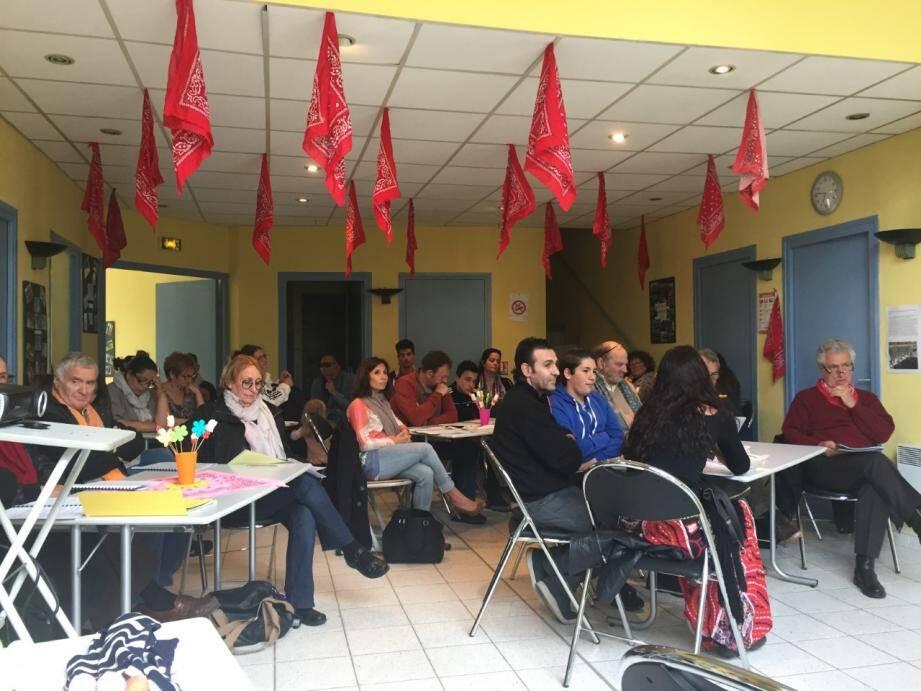 Membres de l'association, parents, enfants… Ils sont allés nombreux assister à l'assemblée générale des Chantiers de Jeunes Provence Côte d'Azur.