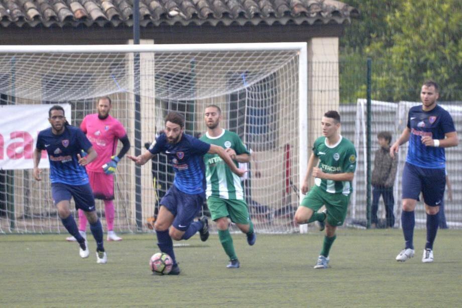 Anthony Calatayud et ses coéquipiers prêts pour décrocher une 15e victoire à Toulon.