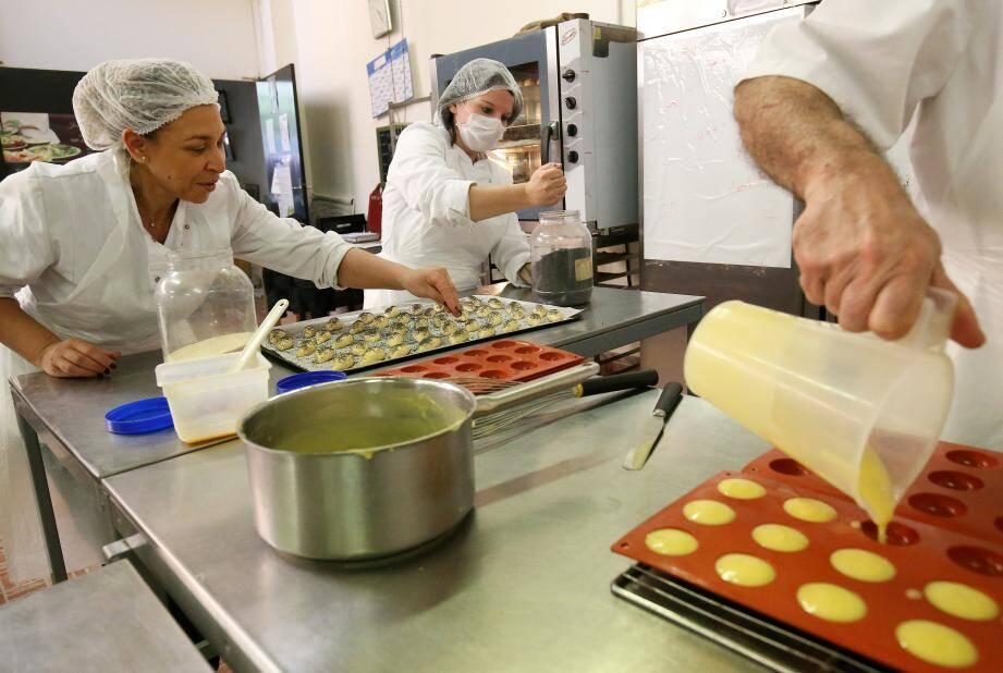 A la Libé, « Job's en douceurs » propose à ses « salariés apprenants » une formation globale. L'axe majeur reste la boulangerie et la pâtisserie. Viennent s'ajouter les parties traiteur et chocolaterie.