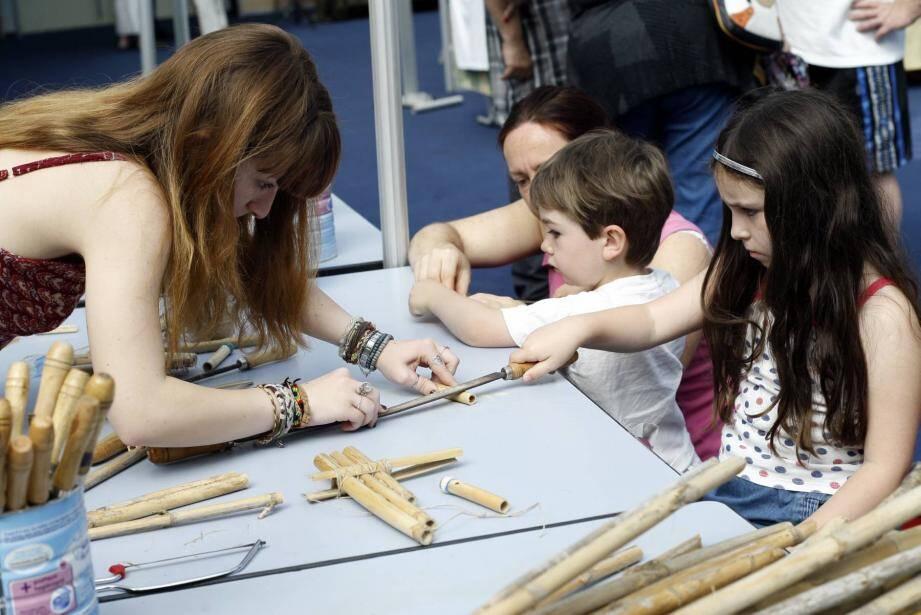 Des ateliers pour découvrir et créer avec le bambou provençal.