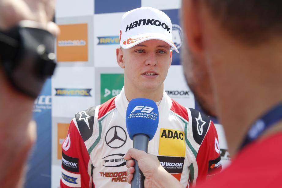Mick Schumacher passe la première au Louis-II.
