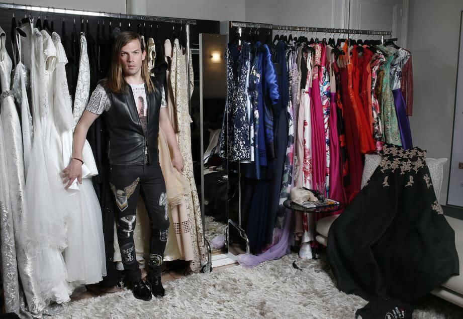 Pour le Festival, Christophe Guillarmé installe son dressing  à la Villa d'Estelle à Cannes.