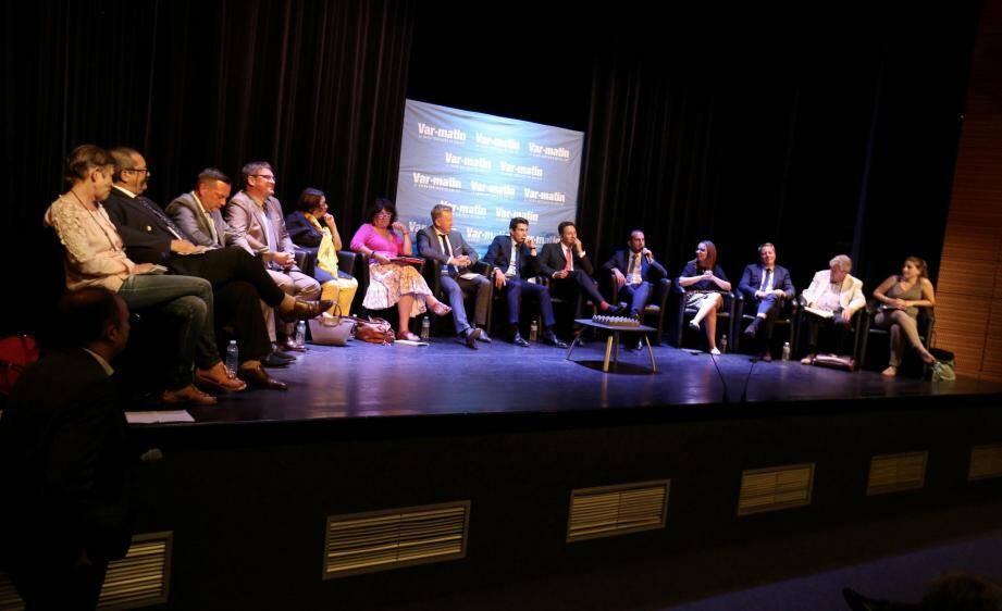 Debat Var Matin Legislative au centre culturel de Saint Raphael