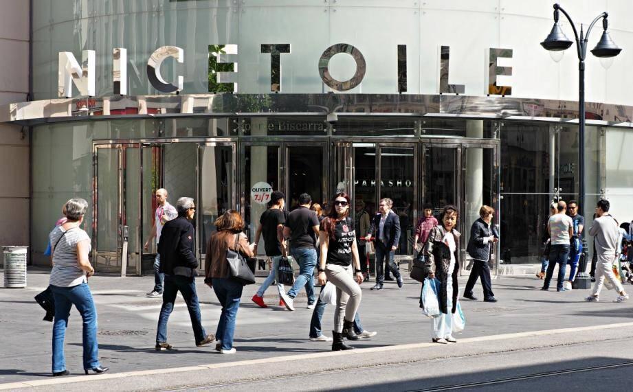Le centre commercial Nicétoile.