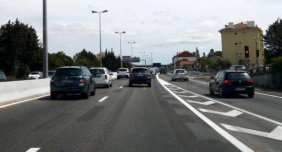Photo d'illustration Autoroute A57 sortie de Toulon vers Nice au niveau de l'échangeur du Tombadou