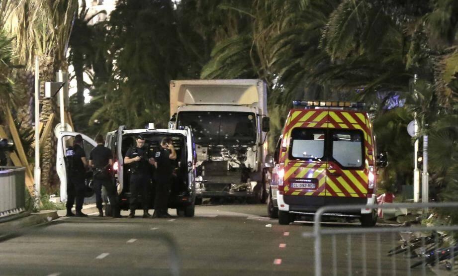 Le camion du terroriste, responsable de l'attentat sur la Promenade des Anglais.