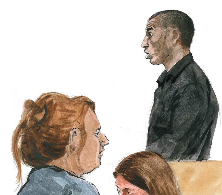 Devant la cour, Aziz Chaib Ainou s'est retrouvé face à sa victime, très éprouvée par ce qu'elle a subi.
