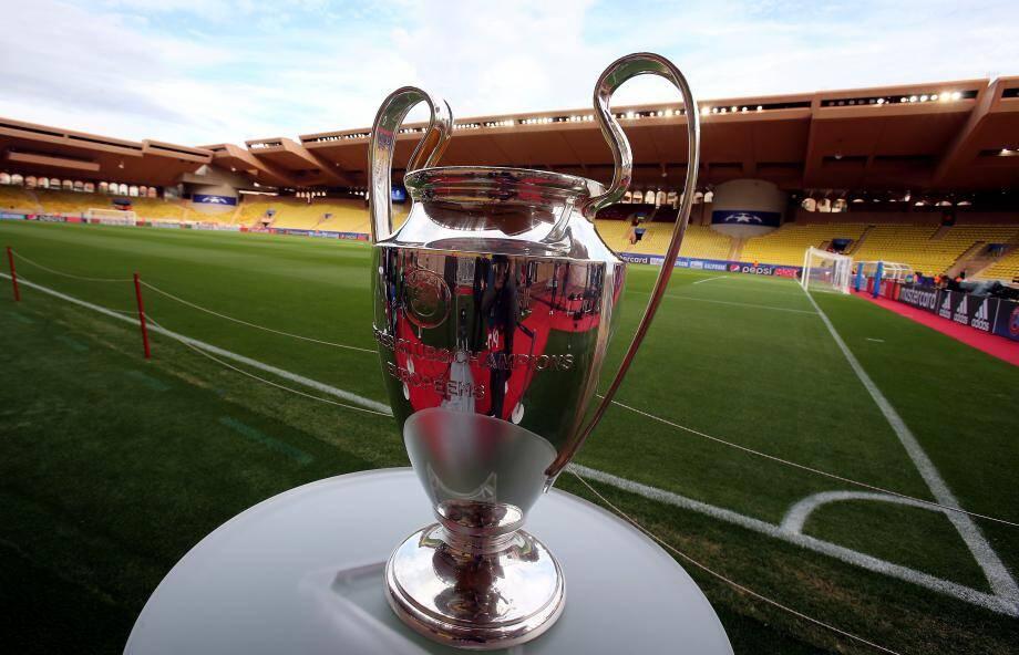 Le trophée de la Ligue des champions est présenté ce mercredi soir à Monaco.