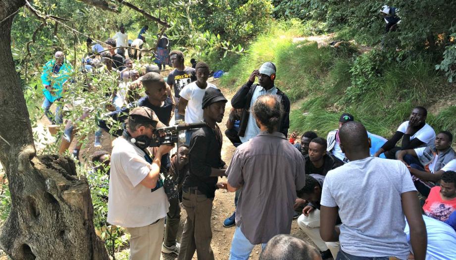 En arrivant à Nice pour leurs demandes d'asile, les réfugiés se sont installés à plusieurs reprises dans le parc d'Estienne-d'Orves.